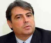 Centrul Simon Wiesenthal îi cere lui Tăriceanu să îl demită pe Cioroianu