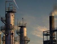 Preţul petrolului aduce lumea în pragul unui şoc energetic