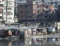 Dezastru în Bangladesh. Ciclonul Sidr a făcut 2.200 de morţi