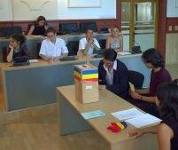 Secţiile de vot pentru referendum şi euroalegeri, deschise între 7.00 şi 21.00