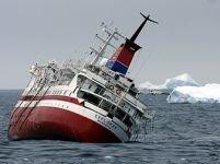 Navă scufundată în Oceanul Antarctic. Toţi cei 154 pasageri au fost salvaţi