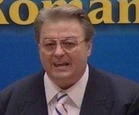 Corneliu Vadim Tudor demisionează din Parlament