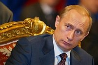 """Putin acuză SUA că urmăresc să """"delegitimeze"""" scrutinul de duminică"""