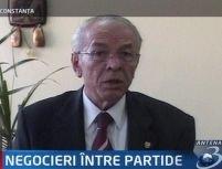 Văcăroiu: PSD negociază cu PNL şi PD formarea unei majorităţi parlamentare