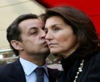 SMS-ul prezidenţial. Sarkozy a dat în judecată o publicaţie online