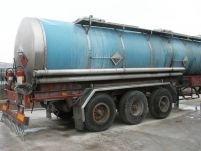 O cisternă încărcată cu aracet s-a răsturnat pe şoseaua Bacău ? Oneşti
