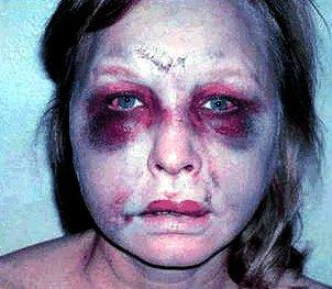 SUA. O femeie a fost bătută cu cruzime de poliţişti <font color=red>(VIDEO)</font>