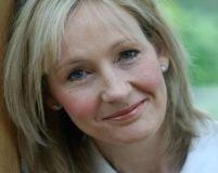Scriitoarea JK Rowling şi soţia premierului britanic ajută orfanii din România