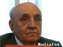 Vasile Paraschiv refuză distincţia înmânată de Băsescu, considerând că preşedintele este comunist