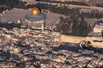 Comunicaţii paralizate în Ierusalim. Un excavator rupe cablurile optice