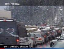 Bucureştenii se întorc de la munte. Trafic aglomerat pe DN1, pe Valea Prahovei şi la intrarea în Capitală