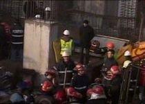 Accident de muncă în Capitală: Un muncitor a murit şi doi au fost răniţi, după ce un mal s-a surpat peste ei