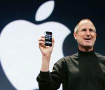 Preşedintele Apple, Steve Jobs, intră în concediu medical. Acţiunile companiei scad cu 10 procente