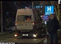 Oneşti. O femeie a născut după ce ambulanţa în care se afla a fost lovită la 200 de metri de spital