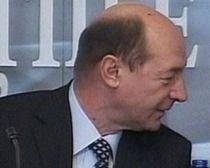 Trustul de presă al lui George Păunescu, preferat de Boc şi Băsescu pentru a transmite mesaje electorale
