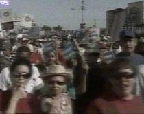 1 mai, în lume: Manifestaţii în Cuba şi confruntări în Berlin (VIDEO)