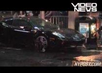 New York. Pietoni spulberaţi de un Ferrari în timpul unei cascadorii de pe Times Square (VIDEO)
