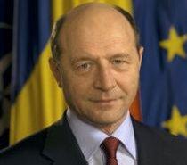 Băsescu: Riscăm o amendă UE de 700 milioane de euro pentru depăşirea deficitului bugetar