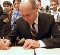 Băsescu: Sunt adeptul neimpozitării profitului reinvestit