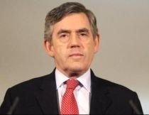 Gordon Brown nu va renunţa la funcţie, însă va remania Guvernul