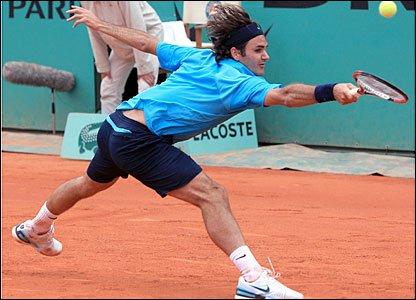 Robin Soderling şi Roger Federer vor juca finala masculină la Roland Garros
