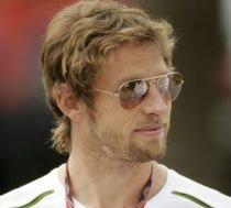 """Jenson Button, în al nouălea cer: """"Avem cea mai bună maşină din Formula 1"""". Barichello, """"ofticat"""""""