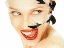 Se căsătoreşte Kylie Minogue? Vedeta îşi face planuri de nuntă