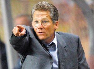 Dinamo poate să îşi ia gândul de la Boloni. Tehnicianul şi-a prelungit contractul cu Standard