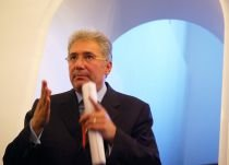 Videanu: România va notifica CE privind restructurarea sectorului energetic