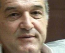 Gigi Becali află pe 18 iunie dacă poate părăsi ţara. Tribunalul a amânat judecarea recursului