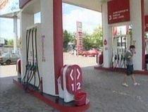 Preţul benzinei va creşte cu 1% de la 1 iulie
