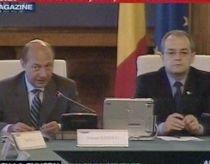 Traian Băsescu solicită informatizarea secţiilor de votare pentru alegerile prezidenţiale