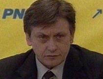 Antonescu: Discursul lui Băsescu, o construcţie electorală. Guvernul Boc nu are un program anticriză