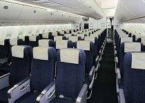 Scaune mai confortabile în avioane, datorită unui român din SUA
