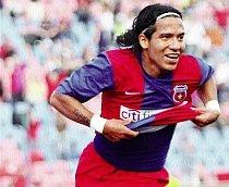 """Dayro Moreno atacă: """"La Steaua nu poţi să ţii mingea două secunde că sar toţi cu gura să pasezi!"""""""