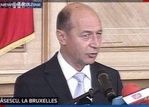 Preşedintele şi premierul, la Bruxelles. Băsescu: România va susţine reglementarea mai strictă a sistemului bancar