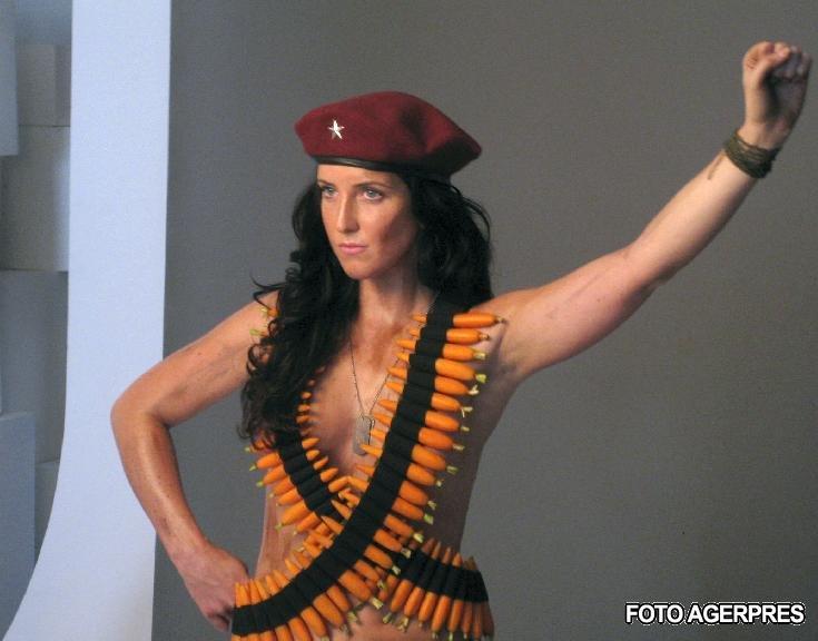 Nepoata lui Che Guevara, imaginea seminudă a revoluţiei vegetariene (FOTO)