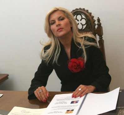 Decontare a cheltuielilor de campanie ale Elenei Băsescu pe cabinetul de deputat al Elenei Udrea?