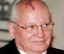 Gorbaciov cântăreţul. Album cu balade interpretate de fostul lider rus, licitat pentru 165.000 de dolari