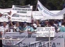 Instructorii auto independenţi protestează în Capitală faţă de o dispoziţie a RAR