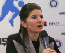 Ridzi se justifică: Sărbătorirea Zilei Tineretului, obligaţie prin lege. Ministrul comandă pe propriile speze audit internaţional