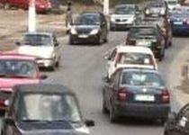 Trafic rutier îngreunat pe DN2, din cauza unui accident soldat cu trei răniţi