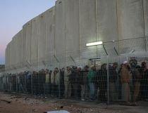 Israelul şi palestinienii reiau discuţiile la nivel înalt