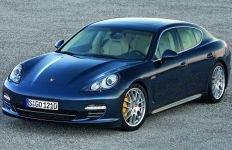 Porsche Panamera, disponibil în România pentru preţuri cuprinse între 97.738 şi 138.000 euro (FOTO)