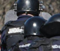 Jandarmii din Baia Mare şi-au construit o piscină de 70.000 lei, în curtea unităţii (VIDEO)