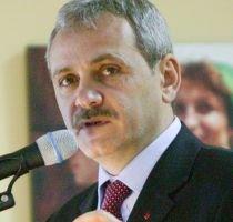Dragnea: Băsescu nu candidează ca independent, este al PDL. Să-şi asume candidatura