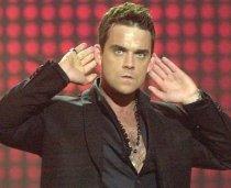 Robbie Williams: În casa mea sunt fantome. Este vorba de fosta soţie a lui Henric al VIII-lea