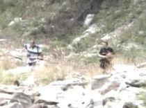 O bucată de craniu, care ar putea aparţine băiatului dispărut la Rânca, descoperită pe munte