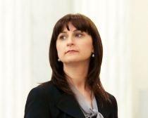 Campanie pe bani europeni. Ministrul Sorina Plăcintă, acuzată că foloseşte un program UE în scopuri electorale