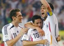 Preliminarii CM 2010, Grupa 4. Război în doi: Germania şi Rusia se bat pentru primul loc